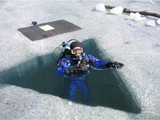 Ice Diving entries vary from standard water entry techniques