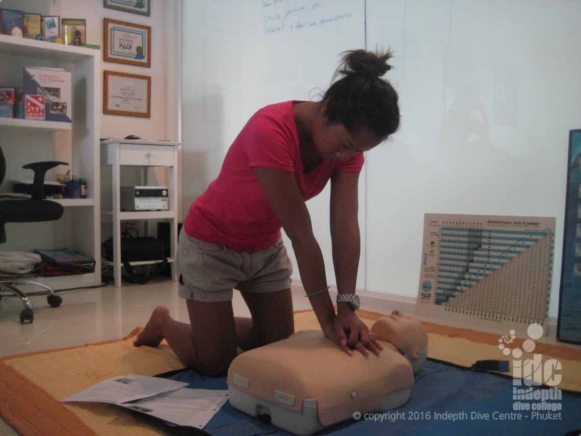 Emergency First Response: the most modern and up to date CPR / First Aid Courses available in Thailand