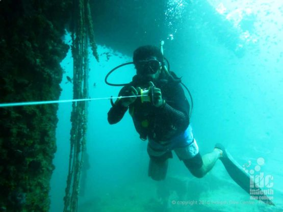 Having fun on the PADI Wreck Diver Course Phuket