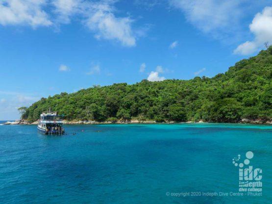 Beautiful turquoise water inBanana Bay - Racha Noi - Phuket