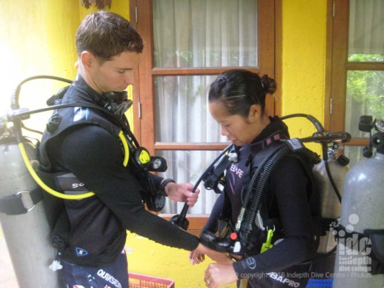 Buddy Check on the PAID Scuba Diver Course