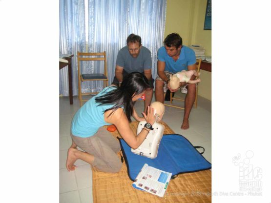 Child & Baby CPR / First Aid Course teaches Conscious choking child skills
