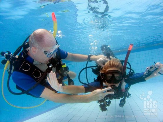 PADI Course Director Chris Owen demonstrating control on a CESA on the IDC Prep