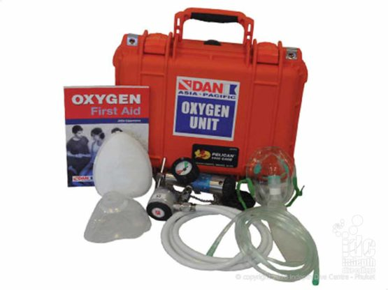 DAN Oxygen equipment for treating Scuba Diving Injuries