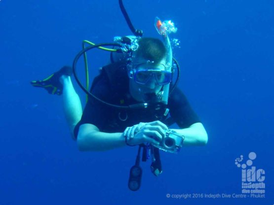 Divers with cameras need to have very good buoyancy control