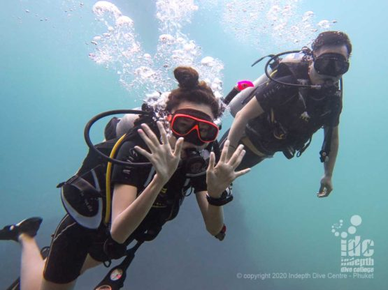 Happy Divers at East of Eden Similan Islands