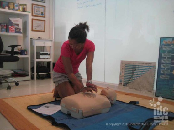 EFR CPR Courses welcome male and female students