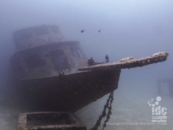 Wreck Diving at Racha Yai Bay 1 - Harruby Liveaboard Wreck