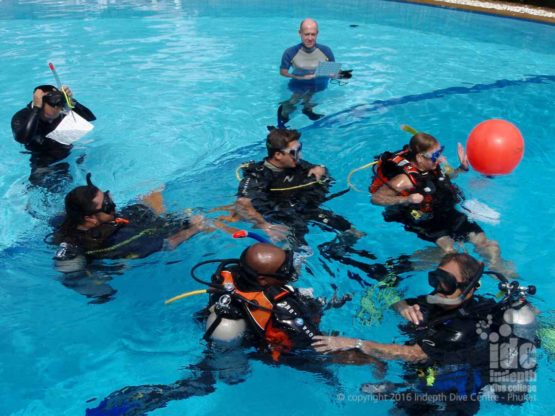 On your PADI Instructor course you will be doing lots of pool presentations