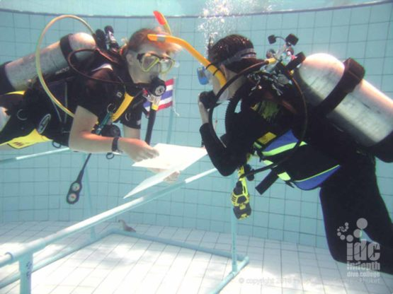 Some PADI instructors love teaching children