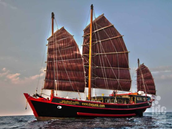 The Junk Liveaboard goes to Similan Islands and Richelieu Rock