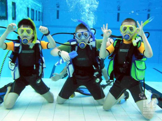 PADI Bubblemaker are kids who love scuba diving in Phuket