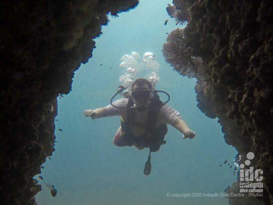 Swimthrough at Koh Bida Nai - Phi Phi Scuba DIving