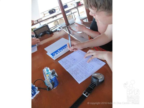 On your PADI Advanced Course will be logging your scuba dives. Remembebr it is important and fun to record your dives.