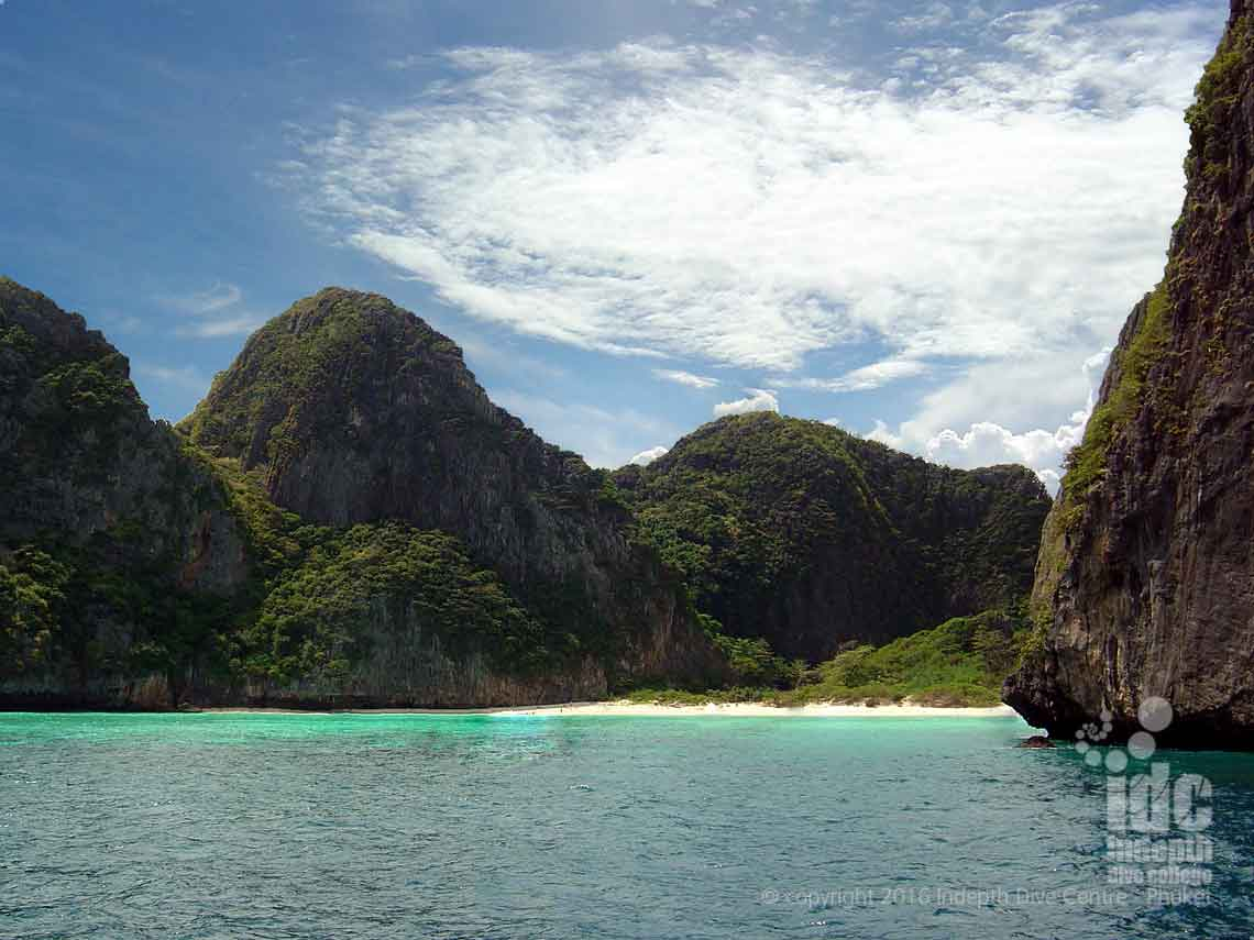 Join Indepth Dive Centre for the best Dive Tour to Turtle Rock and Maya Bay in The Phi Phi Islands
