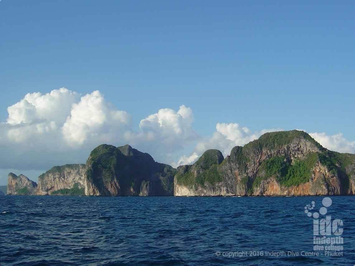 Dive Pileh Palong Wall at Phi Phi Islands with Indepth Dive Centre Phuket Thailand
