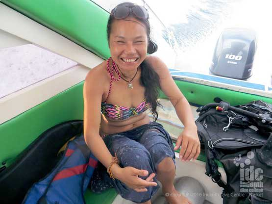 Private speed boat charter to Homerun Reef Racha Yai island for some scuba diving fun