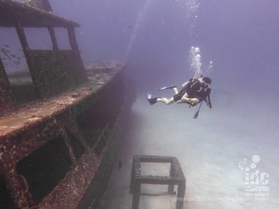 Phuket Wreck Diving Racha Yai Bay 1
