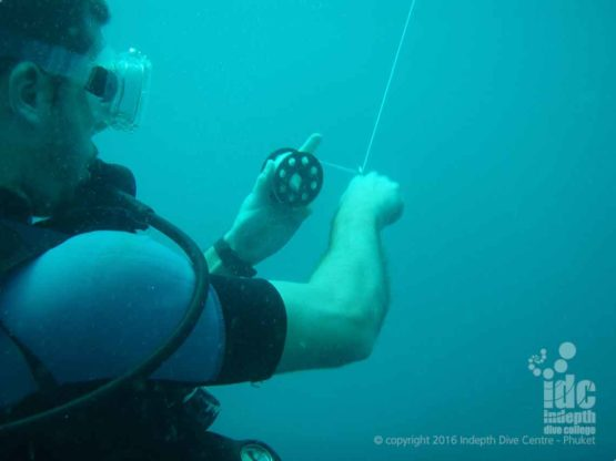 Your own scuba diving reel is a valuable tool for your PADI Advanced Open Water Course and afterwards