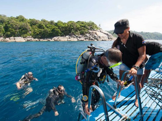 PADI Scuba Divers coming back to Boat 1 after a cool Phuket Dive Trip dive