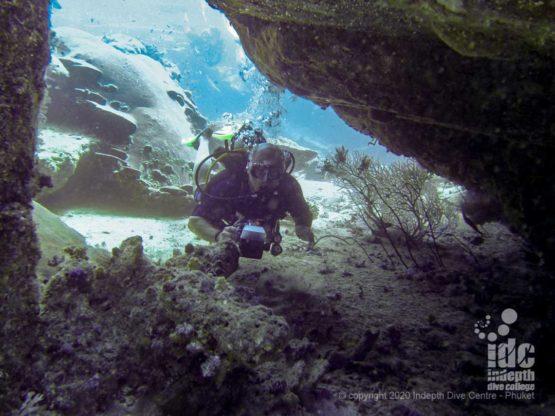 Boulder overhang at Deep Six