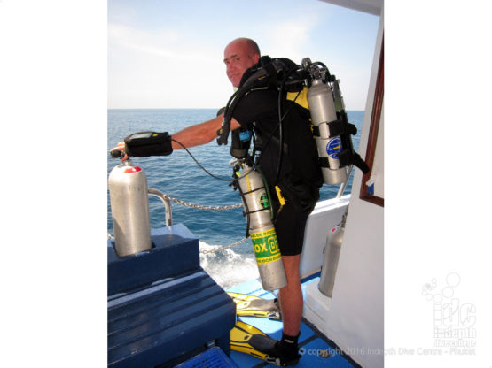 Specialty Course PADI Instructor diving on his Poseidon Rebreather