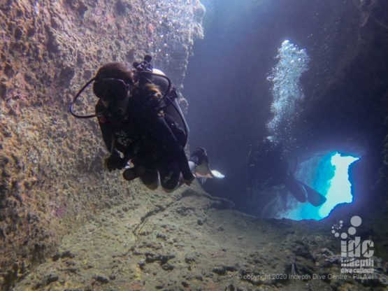 Swimthrough at Stewart Island Burma Diving