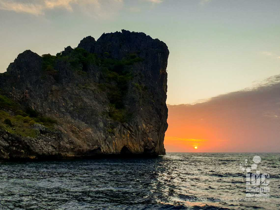 Ko Haa Yai is a great dive site to dive on a Phuket dive vacation