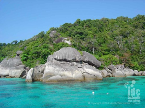 Turtle Rock Similan Island No 8 is great for beginner divers