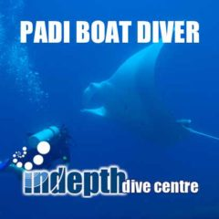 PADI Boat Diver Course on Similan Liveaboard trip is one way to be sure to see a Manta