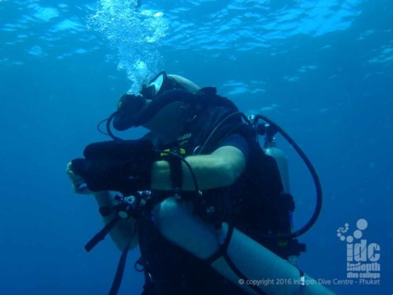 Chris Owen diving his Poseidon Se7en Rebreather on Phuket