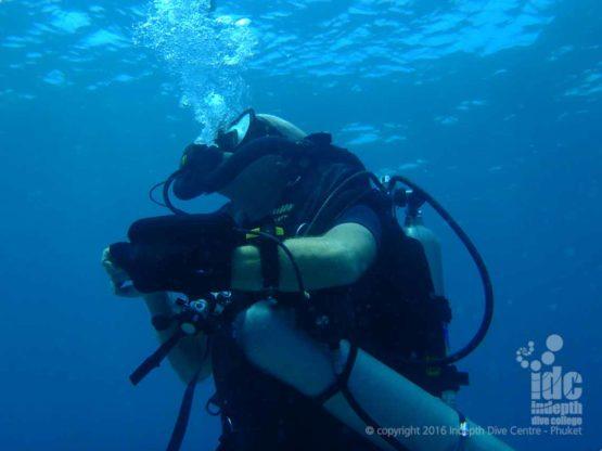 Chris Owen diving his Poseidon Se7en Rebreather on Phuket