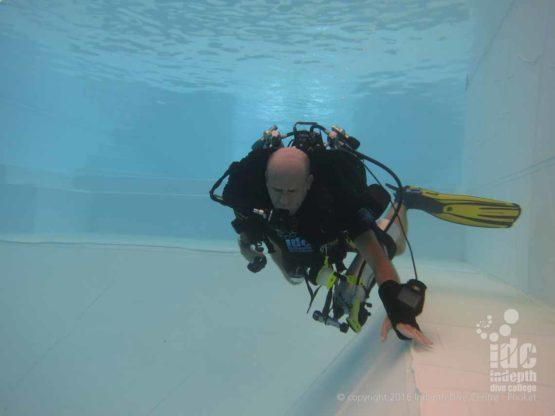 Advanced Rebreather Course No-mask Swim exercise