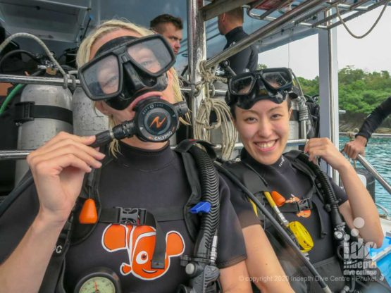 Divers at Camera Bay Racha Noi - Phuket Diving
