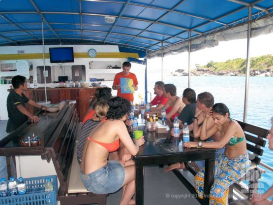 Dive Briefing aboard MV Oktavia Liveaboard in The Similans