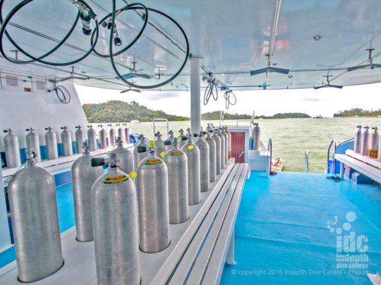 Budget Liveaboards Thailand dive deck