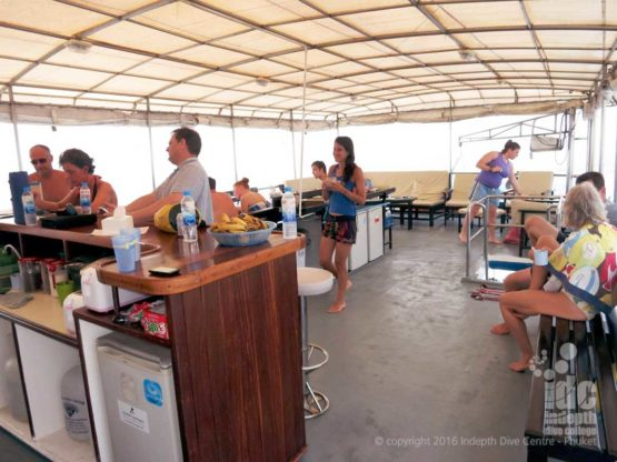 The upper deck of Similans Liveaboard MV Oktavia